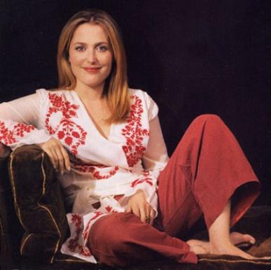 Gillian Anderson's Leo Horoscope